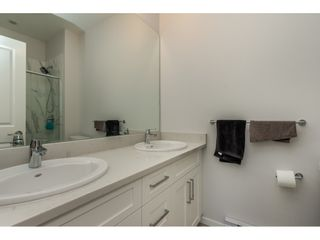 Photo 11: 21 20723 FRASER Highway in Langley: Langley City Townhouse for sale : MLS®# R2398005