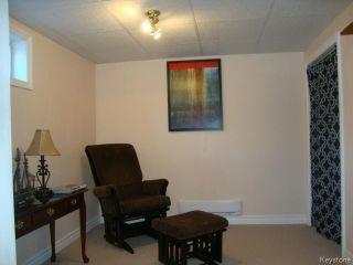 Photo 9: 451 MELBOURNE Avenue in WINNIPEG: East Kildonan Residential for sale (North East Winnipeg)  : MLS®# 1403957