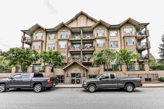 """Photo 20: 306 20286 53A Avenue in Langley: Langley City Condo for sale in """"Casa Verona"""" : MLS®# R2266915"""
