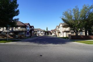 Photo 22: 104 3 EVERRIDGE Square SW in Calgary: Evergreen Row/Townhouse for sale : MLS®# A1143635