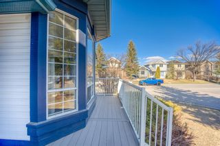 Photo 4: 64 Martinridge Way NE in Calgary: Martindale Detached for sale : MLS®# A1093464