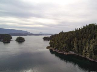Photo 2: 100 West Pass in SWANSON ISLAND: Isl Small Islands (Campbell River Area) House for sale (Islands)  : MLS®# 823418