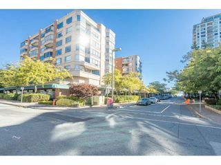 """Photo 33: 104 15111 RUSSELL Avenue: White Rock Condo for sale in """"Pacific Terrace"""" (South Surrey White Rock)  : MLS®# R2545193"""