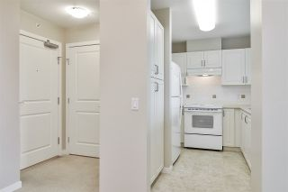 """Photo 11: 804 2799 YEW Street in Vancouver: Kitsilano Condo for sale in """"TAPESTRY AT THE ARBUTUS WALK (O'KEEFE)"""" (Vancouver West)  : MLS®# R2537364"""