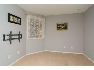 "Photo 14: 322 13880 70 Avenue in Surrey: East Newton Condo for sale in ""Chelsea Gardens"" : MLS®# R2348345"