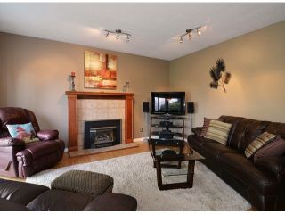 """Photo 9: 21341 87B Avenue in Langley: Walnut Grove House for sale in """"Forest Hills"""" : MLS®# F1407480"""