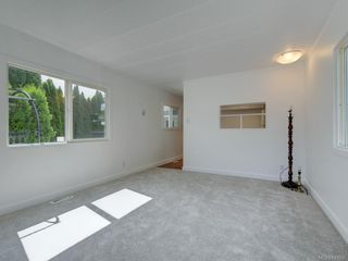 Photo 6: 49 2911 Sooke Lake Rd in Langford: La Langford Proper Manufactured Home for sale : MLS®# 843955