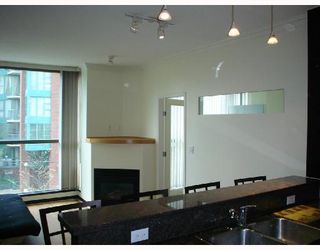 "Photo 3: 202 928 RICHARDS Street in Vancouver: Downtown VW Condo for sale in ""SAVOY"" (Vancouver West)  : MLS®# V654619"