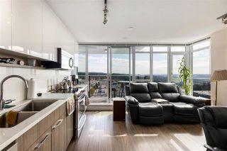 Photo 3: 1308 958 Ridgeway Avenue in Coquitlam: Central Coquitlam Condo for sale : MLS®# R2403207