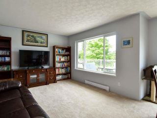Photo 3: 623 Holm Rd in CAMPBELL RIVER: CR Willow Point House for sale (Campbell River)  : MLS®# 820499