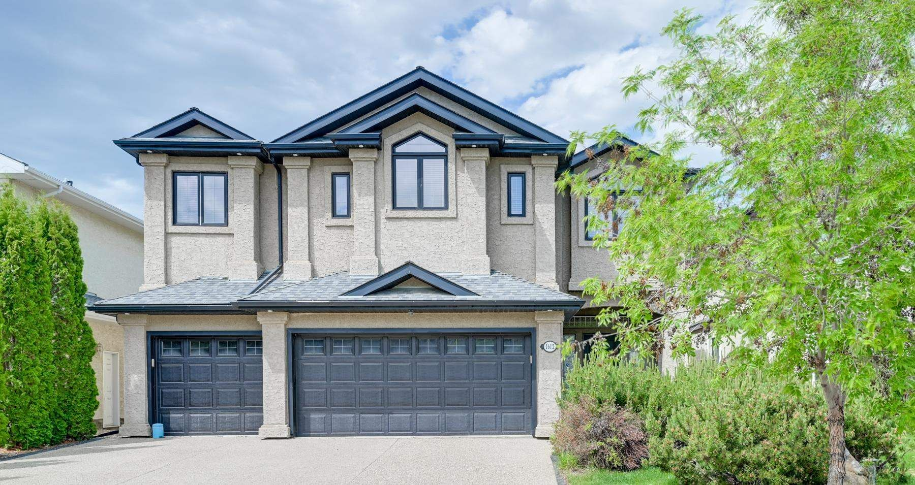 Main Photo: 1612 HASWELL Court in Edmonton: Zone 14 House for sale : MLS®# E4249933