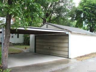 Photo 18: 426 Louis Riel Street in WINNIPEG: St Boniface Residential for sale (South East Winnipeg)  : MLS®# 1319988