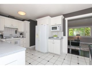 Photo 9: 7612 140A Street in Surrey: Home for sale : MLS®# F1444700