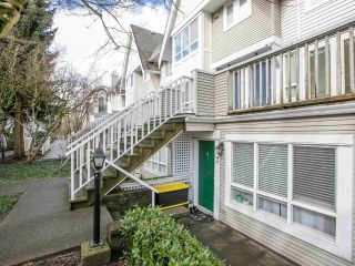 Photo 5: 7 6577 SOUTHOAKS CRESCENT in Burnaby: Highgate Townhouse for sale (Burnaby South)  : MLS®# R2542277