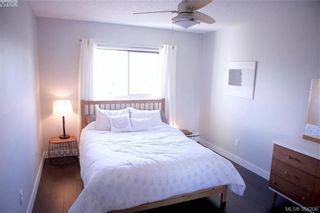 Photo 12: 301 3225 Eldon Pl in VICTORIA: SW Rudd Park Condo for sale (Saanich West)  : MLS®# 772266