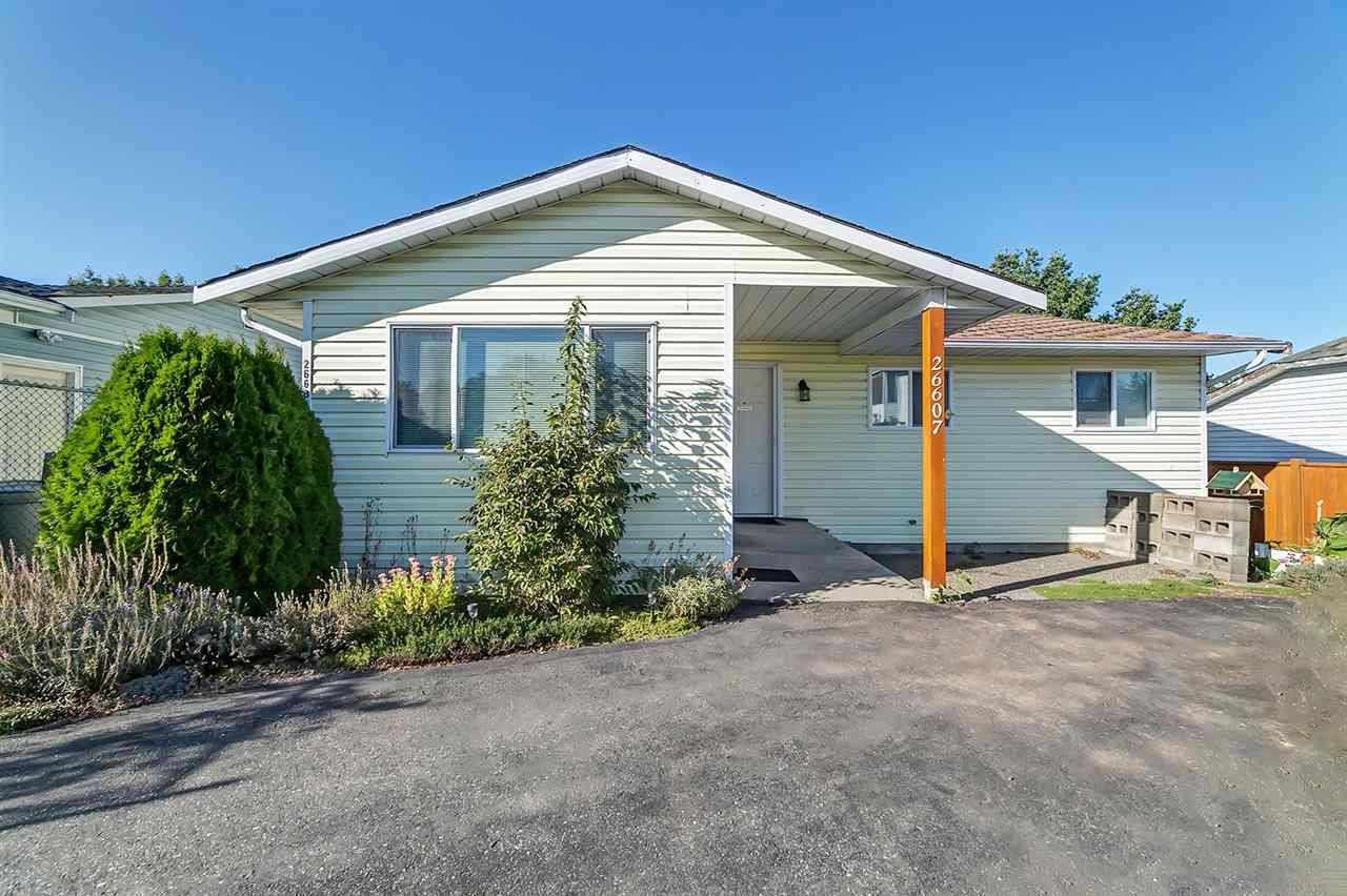Main Photo: 26607 30A Avenue in Langley: Aldergrove Langley House for sale : MLS®# R2216705