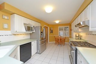 Photo 8: 2847 Castlebridge Drive in Mississauga: Central Erin Mills House (2-Storey) for sale : MLS®# W3082151