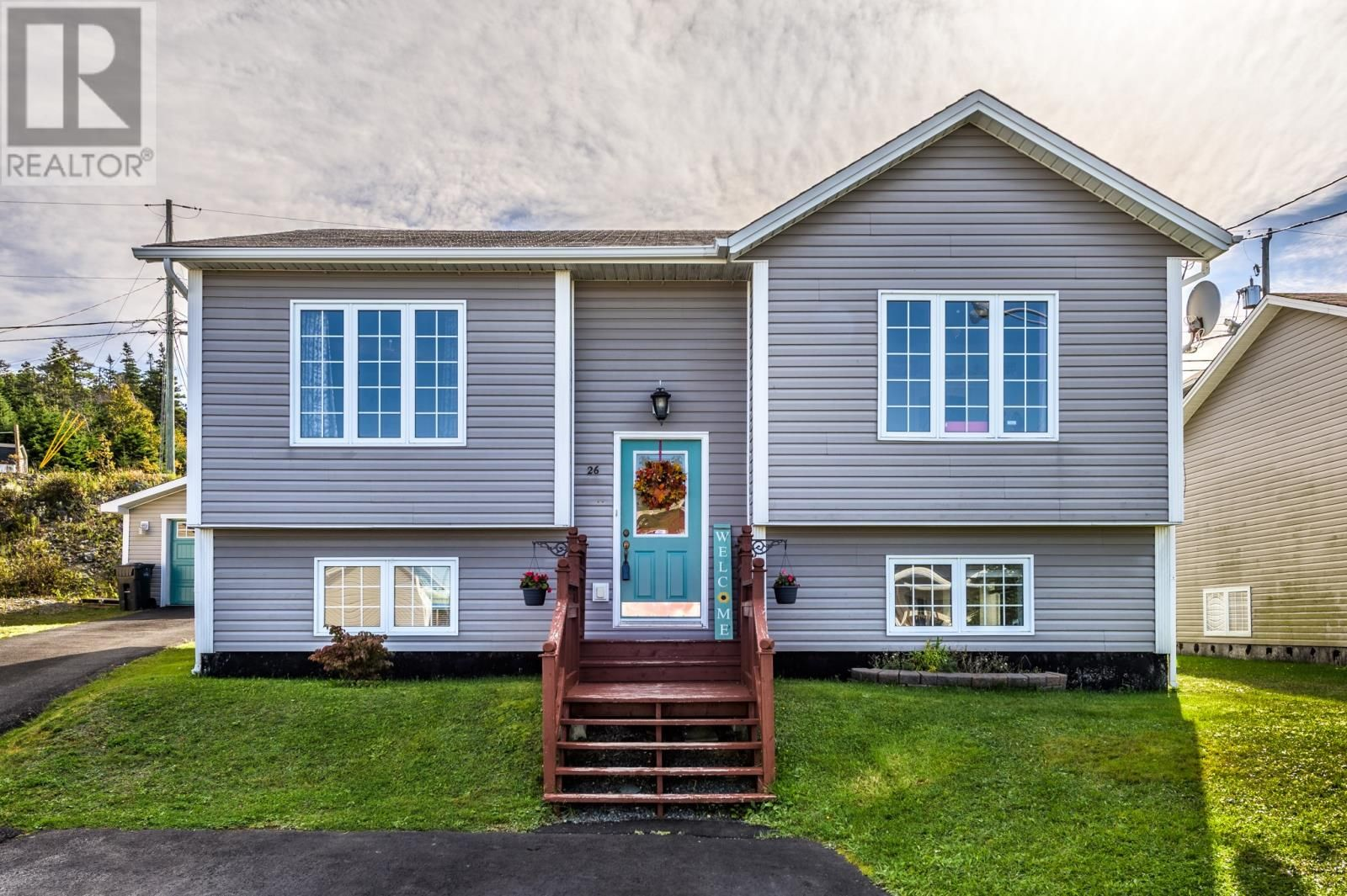Main Photo: 26 Cameo Drive in Paradise: House for sale : MLS®# 1237816
