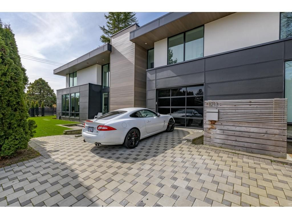 Main Photo: 1213 STAYTE Road: White Rock House for sale (South Surrey White Rock)  : MLS®# R2554970