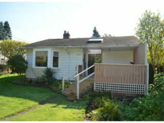 "Photo 3: 2976 MCBRIDE Avenue in Surrey: Crescent Bch Ocean Pk. House for sale in ""CRESCENT BEACH"" (South Surrey White Rock)  : MLS®# F1423437"