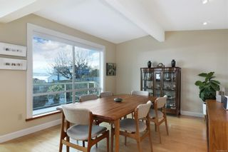 Photo 10: 135 Beach Dr in : CV Comox (Town of) House for sale (Comox Valley)  : MLS®# 869336