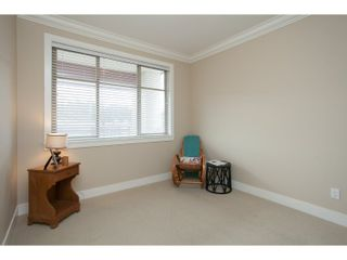 """Photo 22: 208 16421 64 Avenue in Surrey: Cloverdale BC Condo for sale in """"St. Andrews at Northview"""" (Cloverdale)  : MLS®# R2041452"""