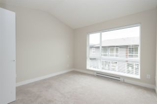 """Photo 8: 152 2228 162 Street in Surrey: Grandview Surrey Townhouse for sale in """"BREEZE"""" (South Surrey White Rock)  : MLS®# R2143902"""
