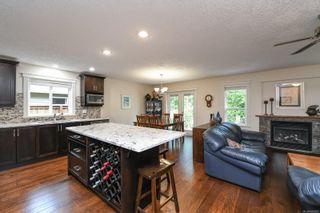 Photo 12: 2074 Lambert Dr in : CV Courtenay City House for sale (Comox Valley)  : MLS®# 878973