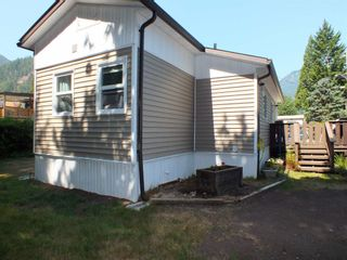 Photo 6: 1 63844 BAILEY Crescent in Hope: Hope Silver Creek Manufactured Home for sale : MLS®# R2607232