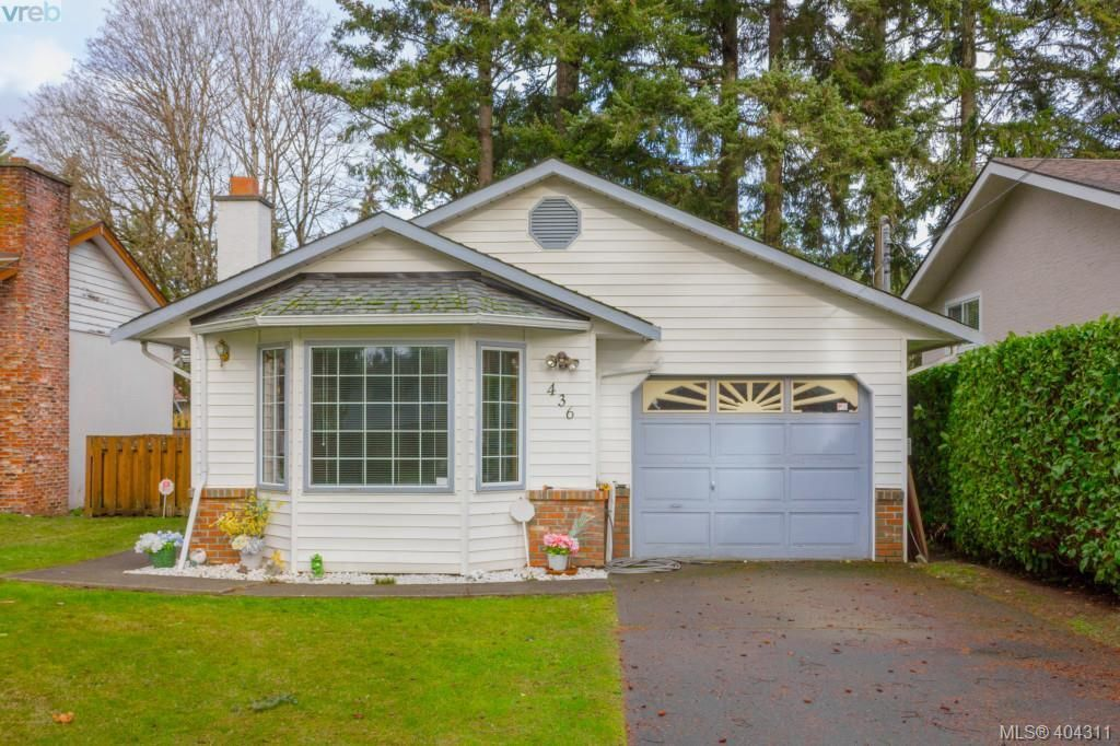 Main Photo: 436 Tipton Ave in VICTORIA: Co Wishart South House for sale (Colwood)  : MLS®# 803370