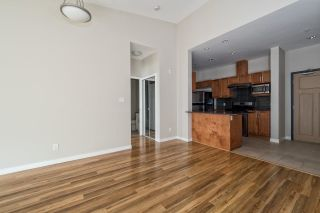 Photo 3: 608 1212 MAIN STREET in Squamish: Downtown SQ Condo for sale : MLS®# R2011250