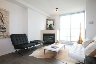 Photo 1: 806 63 KEEFER Place in Vancouver: Downtown VW Condo for sale (Vancouver West)  : MLS®# R2123713