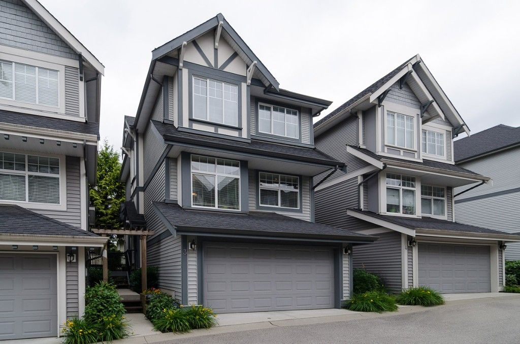 """Main Photo: 3 20589 66 Avenue in Langley: Willoughby Heights Townhouse for sale in """"Bristol Wynde"""" : MLS®# F1414889"""