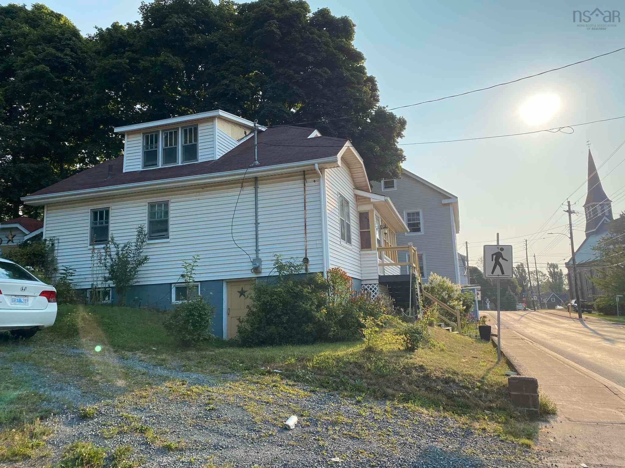 Main Photo: 34 Church Street in Pictou: 107-Trenton,Westville,Pictou Residential for sale (Northern Region)  : MLS®# 202122286