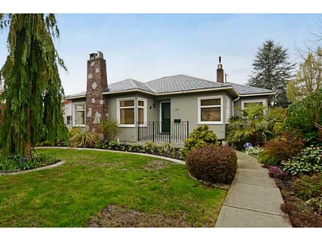 """Main Photo: 707 W 28TH Avenue in Vancouver: Cambie House for sale in """"CAMBIE"""" (Vancouver West)  : MLS®# V1059562"""