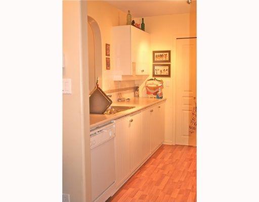 Photo 4: Photos: 409 12639 NO 2 Road in Richmond: Steveston South Condo for sale : MLS®# V811659