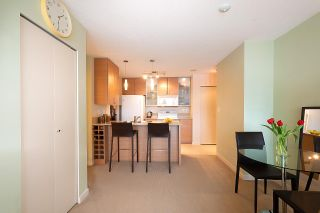 Photo 10: 710 928 HOMER STREET in Vancouver: Yaletown Condo for sale (Vancouver West)  : MLS®# R2429120
