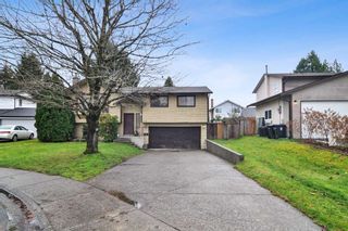 Photo 1: 9302 212B Street in Langley: Walnut Grove House for sale : MLS®# R2519712