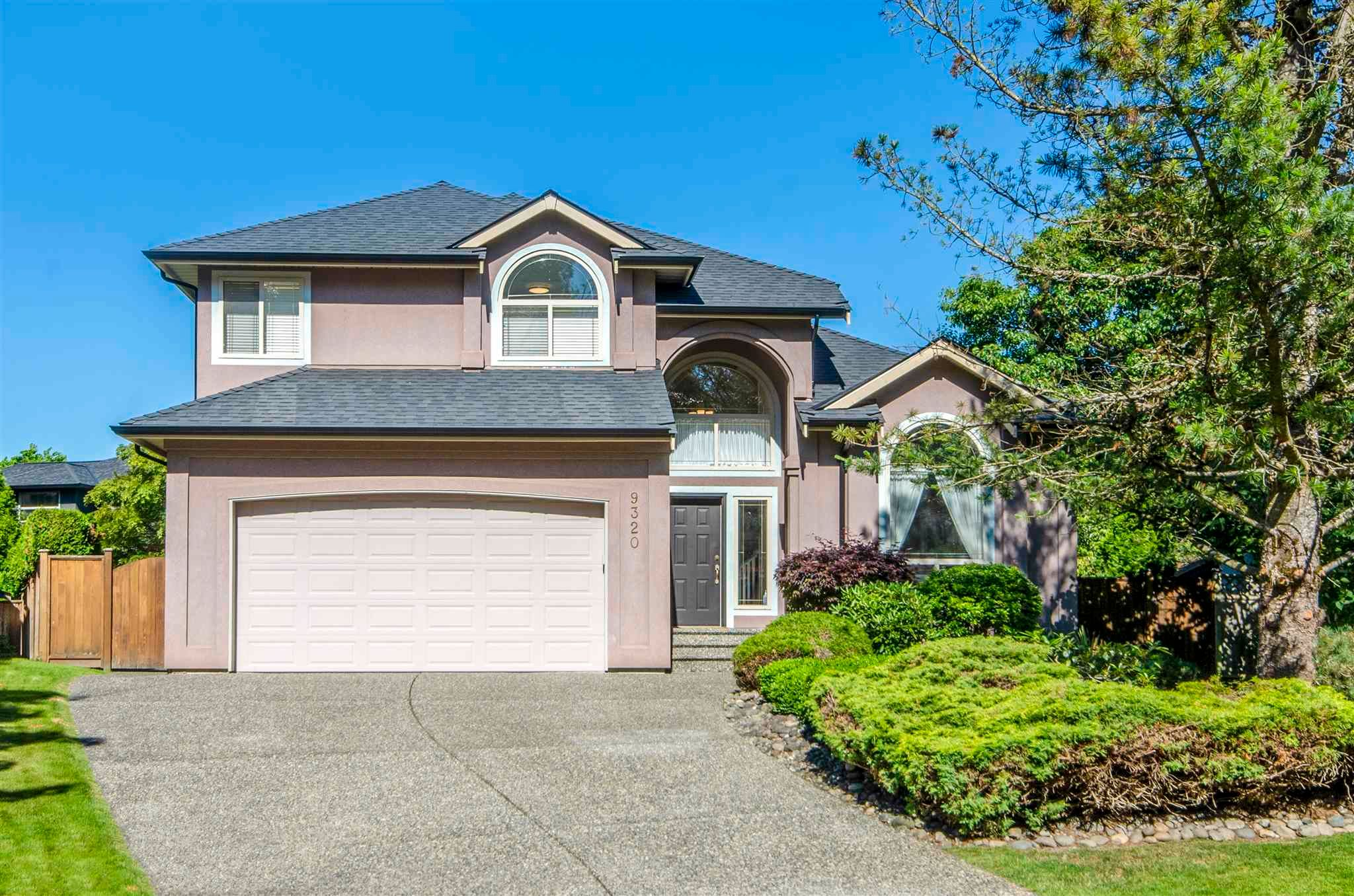 "Main Photo: 9320 206A Street in Langley: Walnut Grove House for sale in ""Walnut Grove"" : MLS®# R2596416"