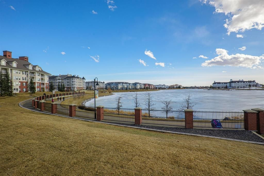 Main Photo: 1409 151 Country Village Road NE in Calgary: Country Hills Village Apartment for sale : MLS®# A1078833