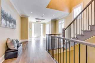 Photo 3: 2453 Old Carriage Road in Mississauga: Erindale House (2-Storey) for sale : MLS®# W5142877