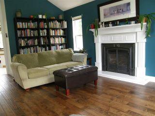 Photo 3: 65644 GARDNER Drive in Hope: Hope Kawkawa Lake House for sale : MLS®# R2383494