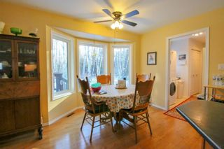 Photo 10: 103 Ayashawath Crescent in Buffalo Point: R17 Residential for sale : MLS®# 1930173
