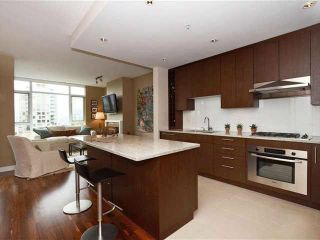 Photo 5: 703 1333 W 11TH AVENUE in Vancouver: Fairview VW Condo for sale (Vancouver West)  : MLS®# R2032039
