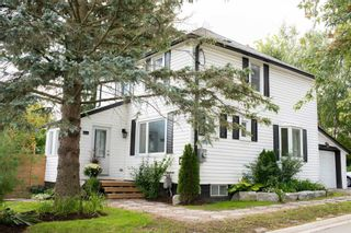 Main Photo: 1 Lovers Lane in Clarington: Bowmanville House (2-Storey) for sale : MLS®# E5383821