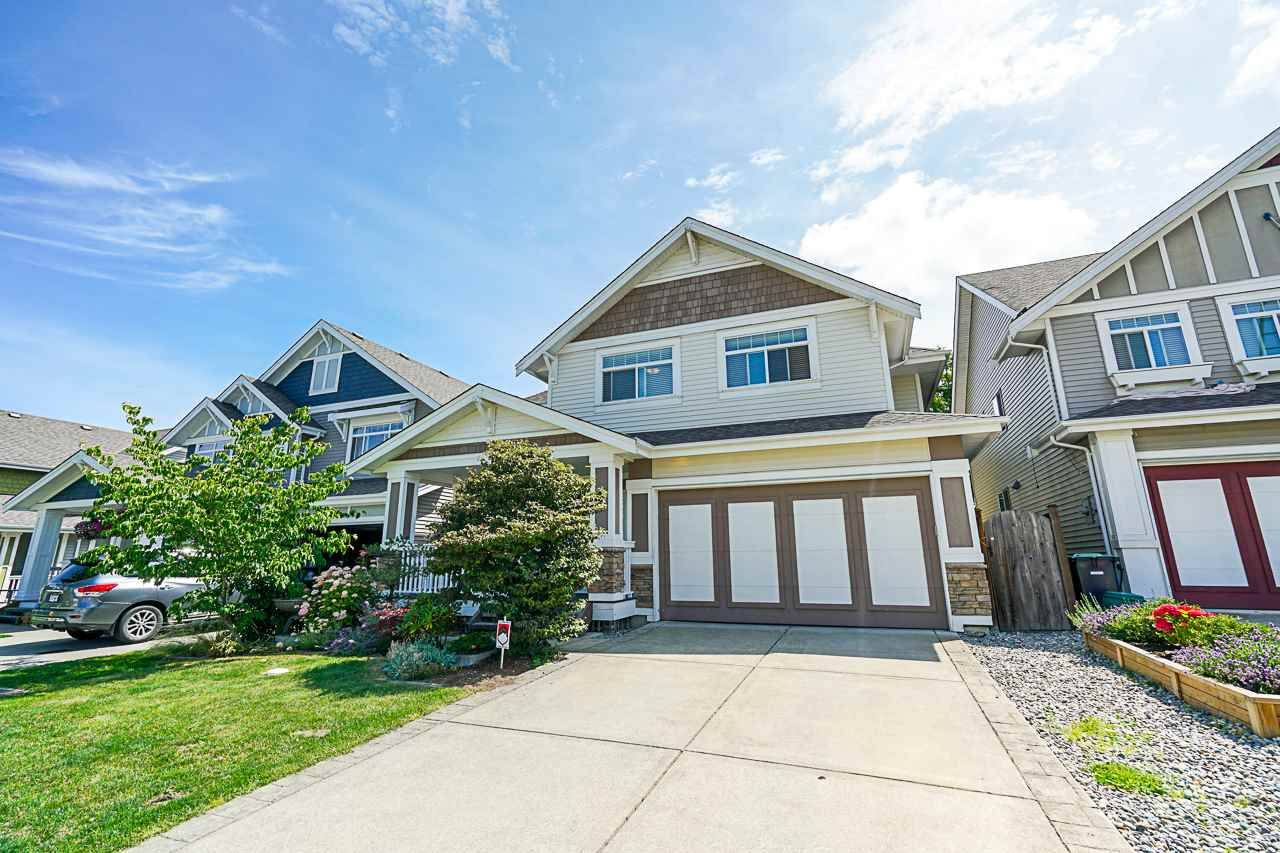 """Main Photo: 8328 209A Street in Langley: Willoughby Heights House for sale in """"Lakeside at Yorkson"""" : MLS®# R2408495"""
