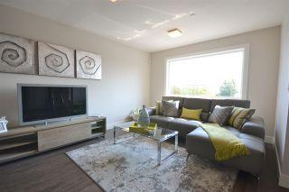 Photo 16: 15531 COLUMBIA Avenue: White Rock House for sale (South Surrey White Rock)  : MLS®# R2012260