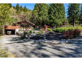 Photo 3: 50855 WINONA Road in Chilliwack: Chilliwack River Valley House for sale (Sardis)  : MLS®# R2570697