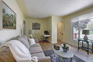 Photo 4: 2 Kelwood Crescent SW in Calgary: Glendale Detached for sale : MLS®# A1114771