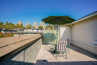 """Photo 18: 61 7488 SOUTHWYNDE Avenue in Burnaby: South Slope Townhouse for sale in """"LEDGESTONE 1"""" (Burnaby South)  : MLS®# R2121143"""